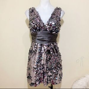 Forever21 silver sequins sleeveless cocktail dress